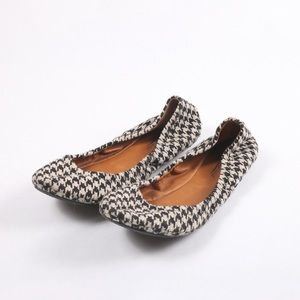 Lucky brand Emmie houndstooth flat